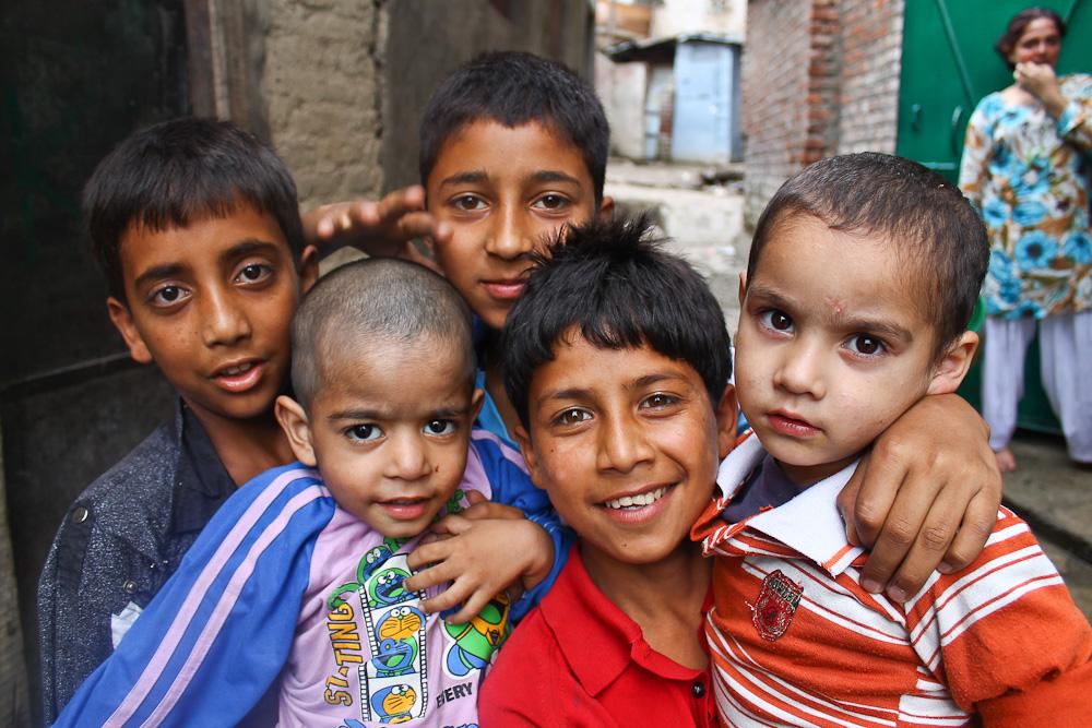 Enerjetic oys we met while roaming the alleys of Srinagar,Kashmir.